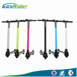 "Chine 5"" scooter électrique pliable de fibre de carbone pour des adultes, charge 150KG maximum usine"